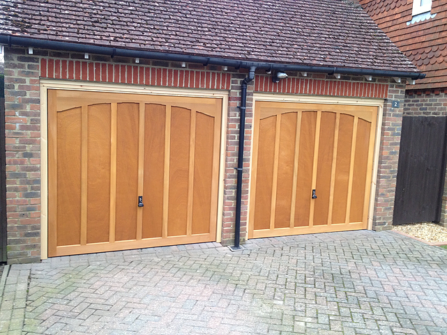 Cedar-Doors-in-Shaftsburry-Design